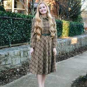 Dresses & Skirts - Vintage Brown Plaid Dress